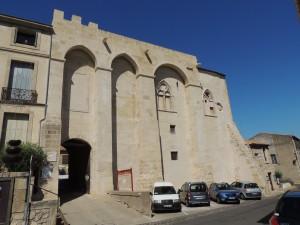 Façade extérieure du Château de Capestang