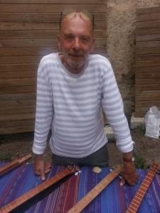 Pierre Lesire, créateur d'instruments de musique